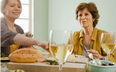 Menopause Diet: What to Eat and Avoid to Reduce Menopause Symptoms.